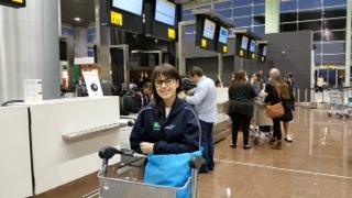 Giovanna Lemos Ribeiro - no Aeroporto embarcando para representar o Brasil na OlimpÍada Internacional
