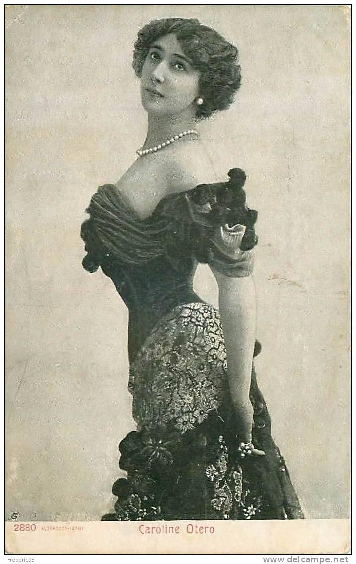 Grande prostituta e dançarian da Belle Epoque, a espanhola Carolina Otero (La Belle Otero) tornou-se milionária devido aos presentes de inúmeros amantes-vários deles membors ilustres das diferentes cortes européias. No entanto, morreu paupérrima e abandonada em Cannes. Sua única fonte de renda era a pensão que recebia do Cassino de Monte Carlo, no qual havia perdido todo o seu dinheiro em noites de álcool e jogatina. Ela não conseguia parar....
